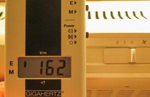 162 V/m mit Phasen-un-richtiger Polung.