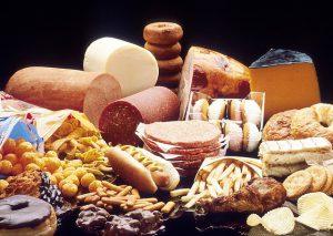 Fettreiche Lebensmittel = viel Cholesterin durch mehr Acetyl-CoA bei der ß-Oxidation?